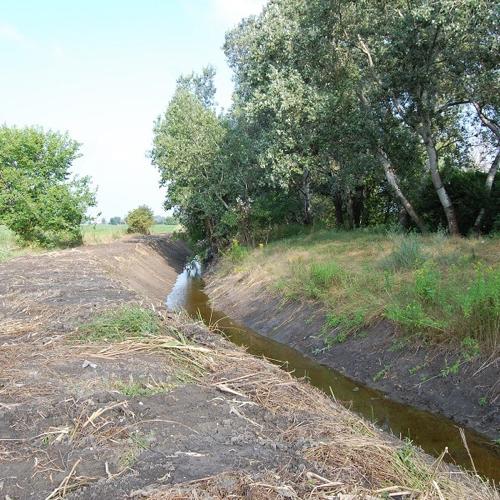 Ďalej pokračuje čistenie potoka