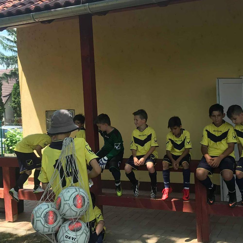 Žiacke mužstvo AC Mužla dosiahlo úspech na futbalovom turnaji KID-kupa v Balatonszárszó
