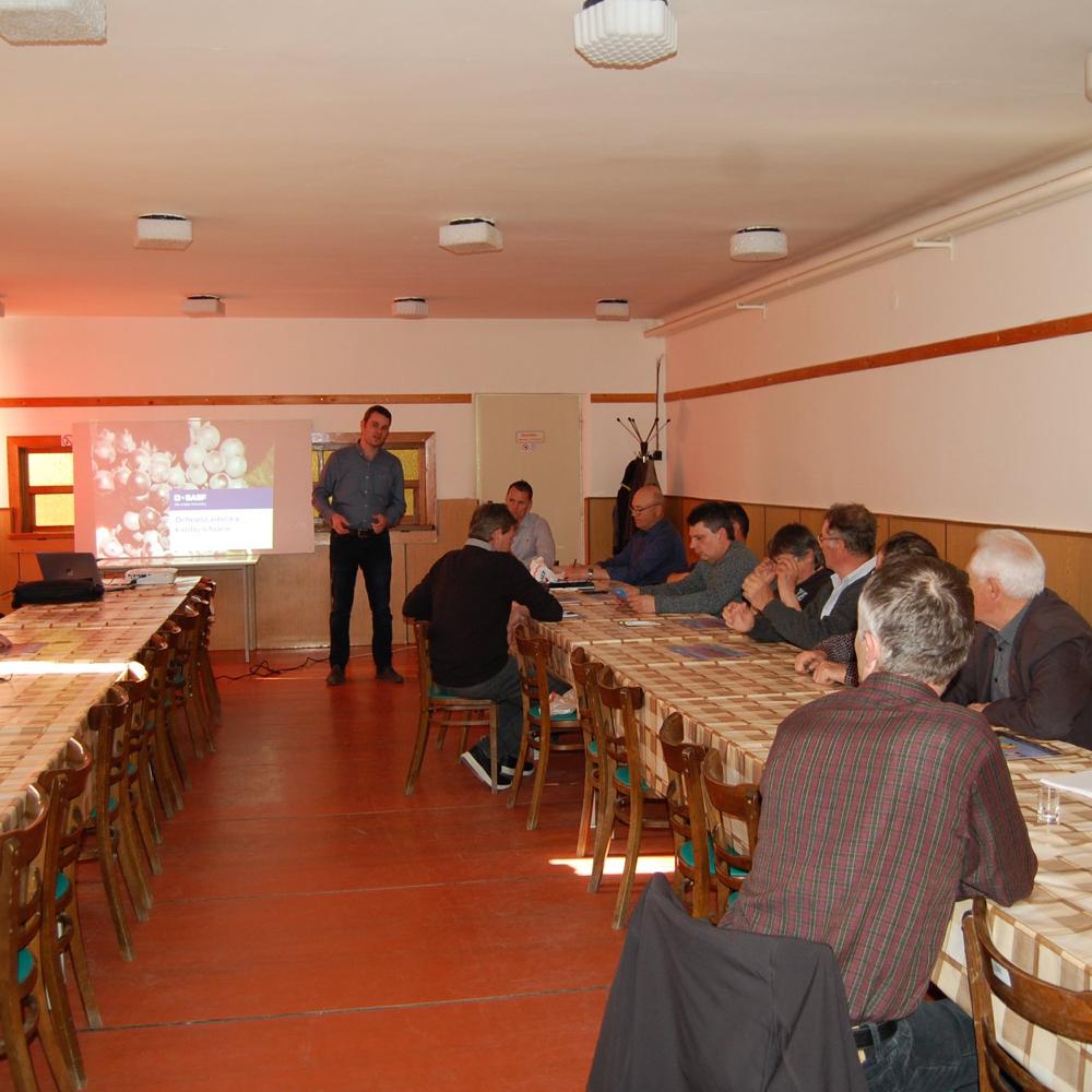 Prednáška Istvána Simonku o ochrane viniča