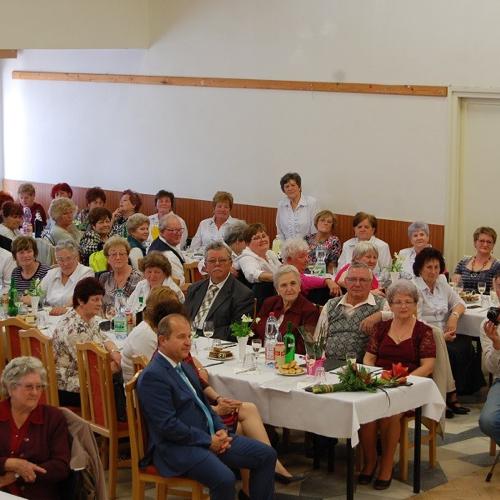 Oslava Dni matiek v Klube dôchodcov