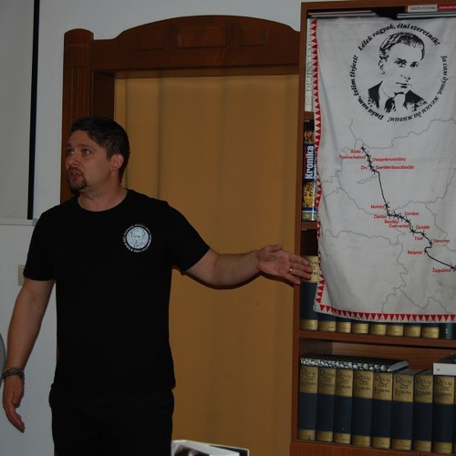 Zvláštna hodina literatúry v podaní Tóth Péter Lóránta