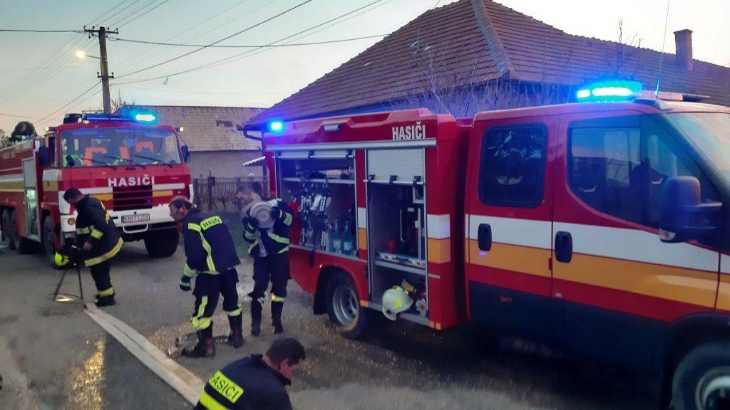 Skvelá práca hasičov v Mužle