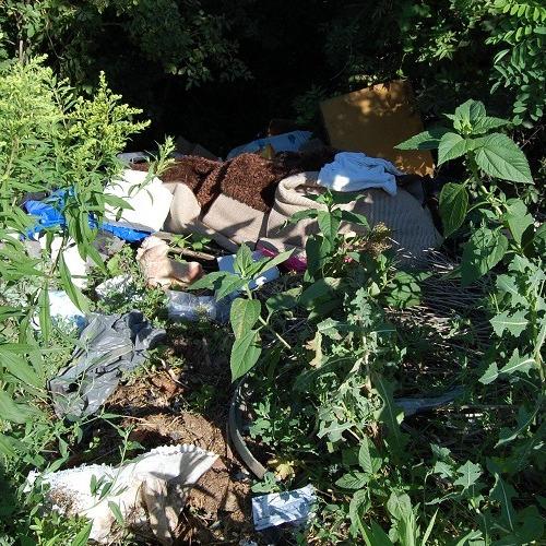 Odstrašujúci prípad: ilegálny odpad v obci Mužla