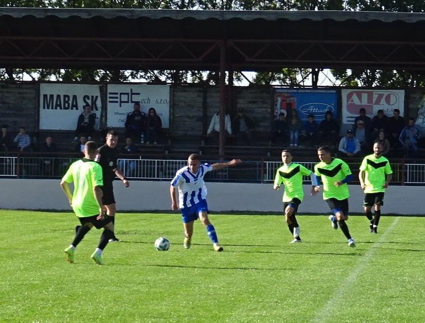 Az V.liga bajnoki mérkőzése: AC Muzsla – TJ Lokomotíva Bánkeszi 4:0